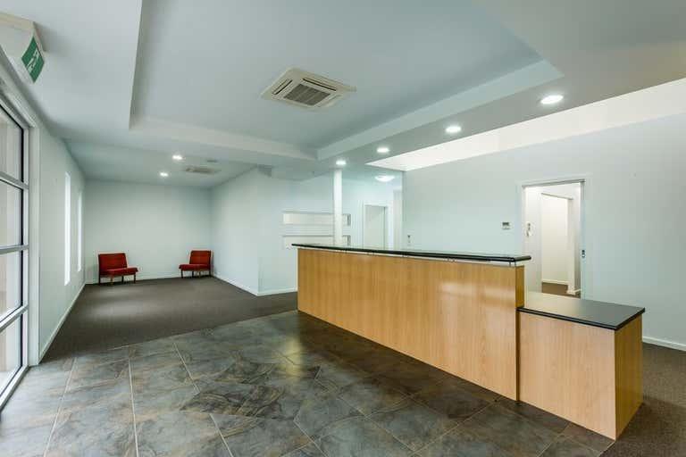 11 Yalandra Court Albury NSW 2640 - Image 4