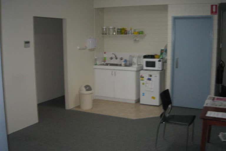 Unit 1, 13-17 Sorbonne Crescent Canning Vale WA 6155 - Image 3
