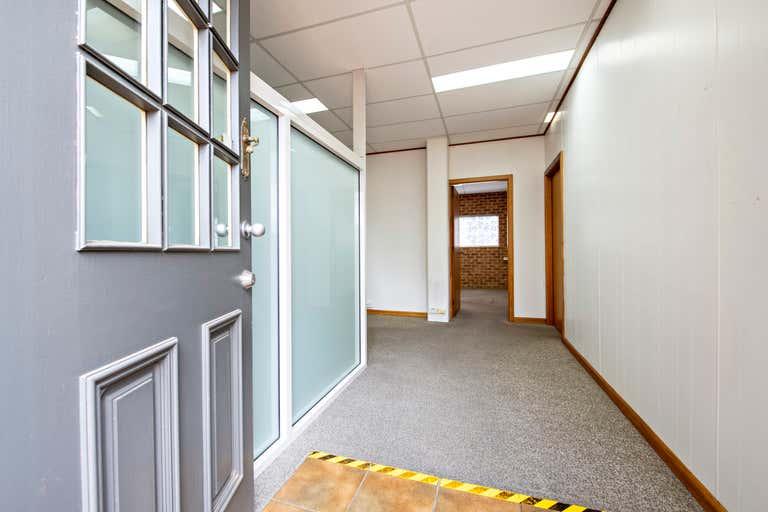 Woonah Court, Suite 6/46 Wingewarra Street Dubbo NSW 2830 - Image 2