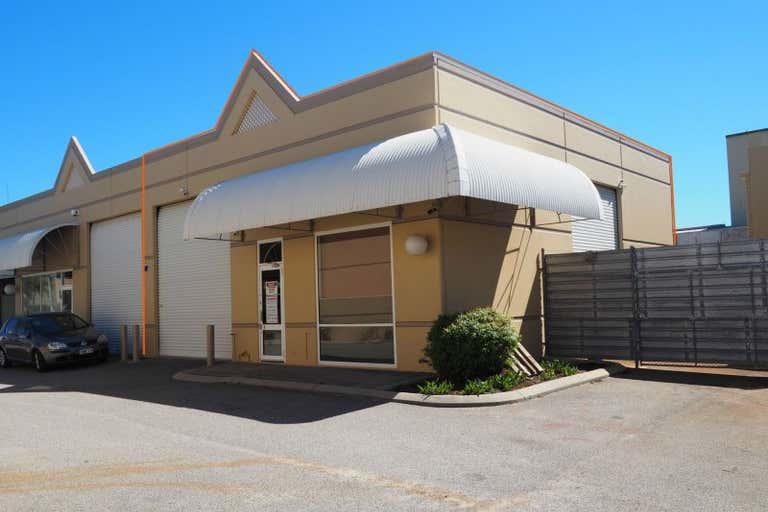 4/22 Irvine Drive Malaga WA 6090 - Image 3