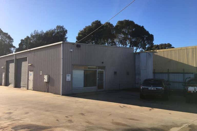 1/33 Rodney Road North Geelong VIC 3215 - Image 2
