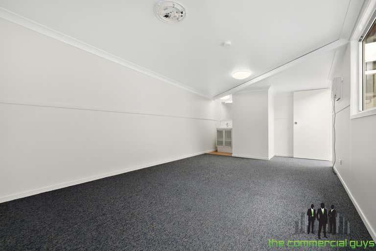 7/20 Huntington St Clontarf QLD 4019 - Image 4