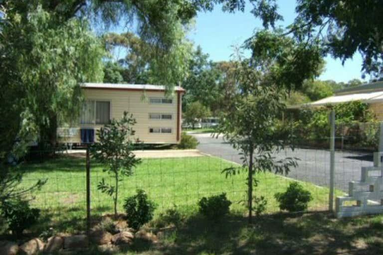 2 Ween Street Peak Hill NSW 2869 - Image 1