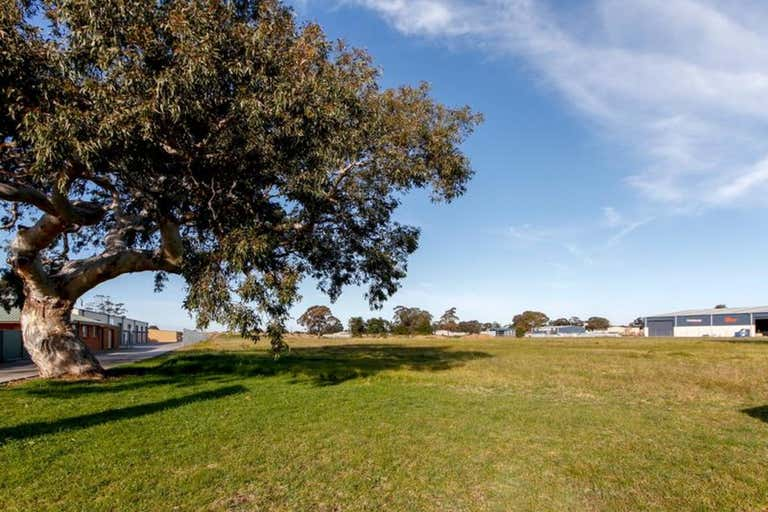 26 Cobains Road Sale VIC 3850 - Image 3