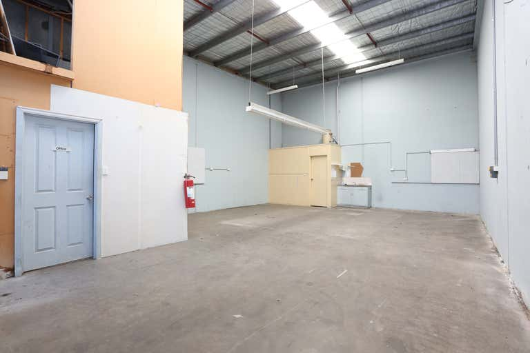 2/135 Somerset Road Campbellfield VIC 3061 - Image 1
