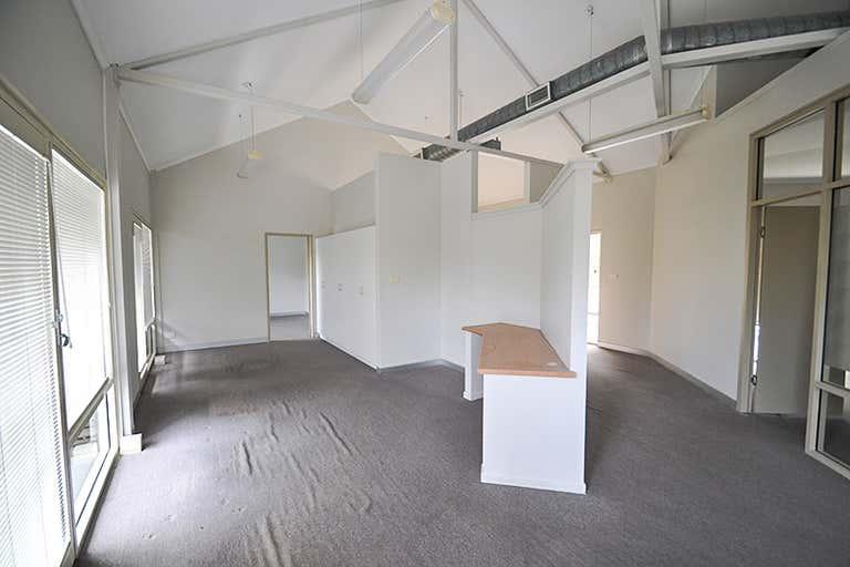 D11-14/321 Harbour Drive Coffs Harbour NSW 2450 - Image 4