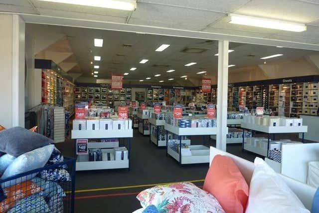 239 Victoria Street Taree NSW 2430 - Image 3