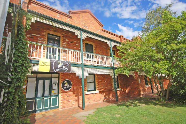 Level 1, E & F/556 Macauley Street Albury NSW 2640 - Image 1