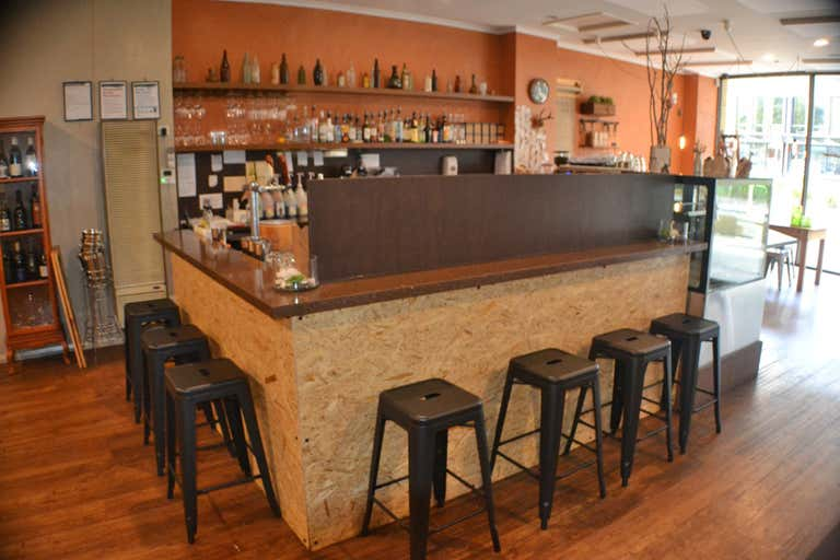 Saltbush Cafe  Restaurant, 148 Commercial Road Morwell VIC 3840 - Image 4