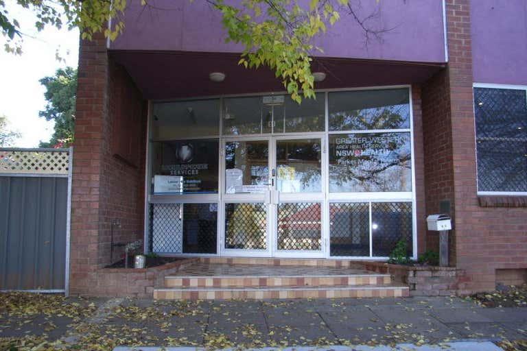 4/91 Clarinda St Parkes NSW 2870 - Image 2