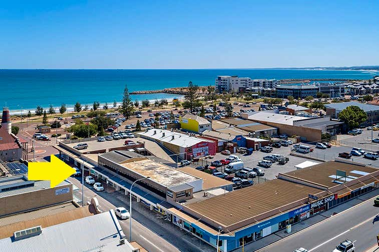 11 Durlacher Street Geraldton WA 6530 - Image 2