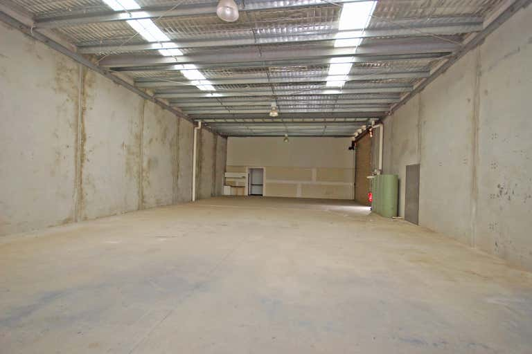 5/6 Builders Close Wendouree VIC 3355 - Image 3