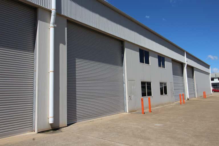 2/15 Freighter Avenue Wilsonton QLD 4350 - Image 1