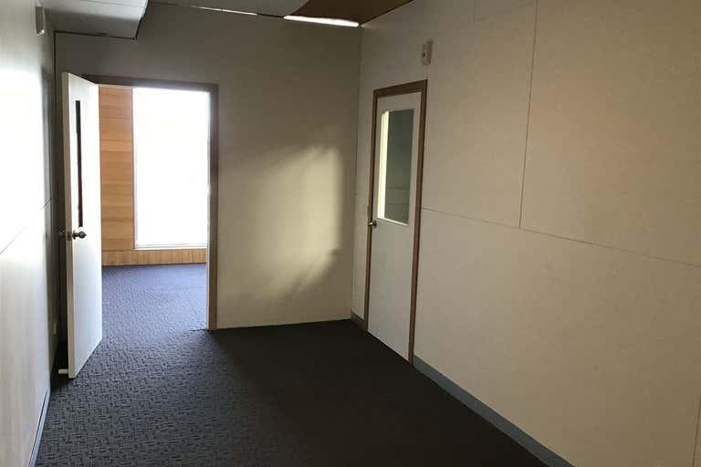2/107 Balliang Street South Geelong VIC 3220 - Image 4