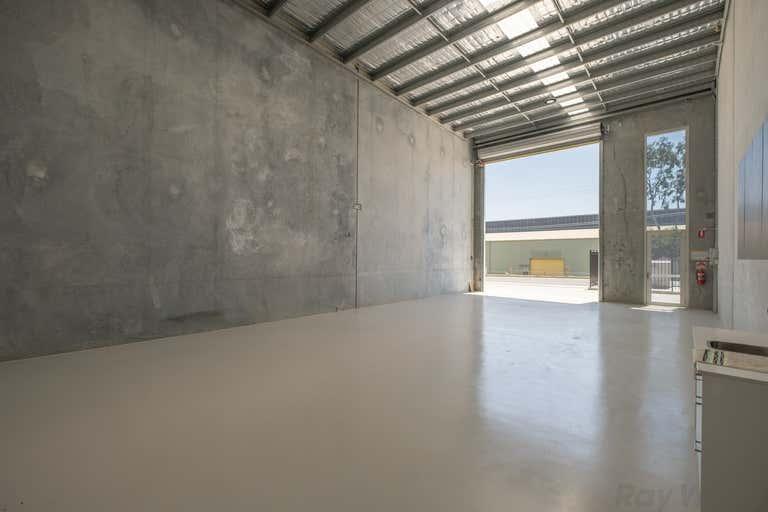 2/35 Ingleston Road Wakerley QLD 4154 - Image 2