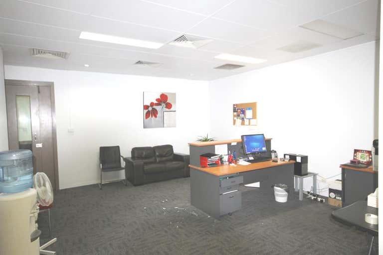 Tannachy House, Unit 2a - 49 BOLSOVER STREET Rockhampton City QLD 4700 - Image 4