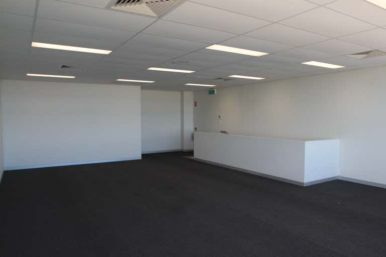 2/1-3 Business Drive Narangba QLD 4504 - Image 2
