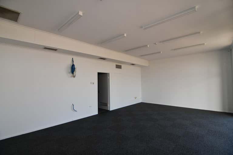 7/264-278 Woolcock Street Currajong QLD 4812 - Image 3