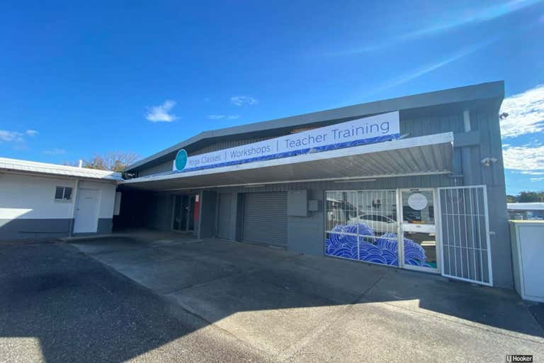 2/105-107 West High Street Coffs Harbour NSW 2450 - Image 2