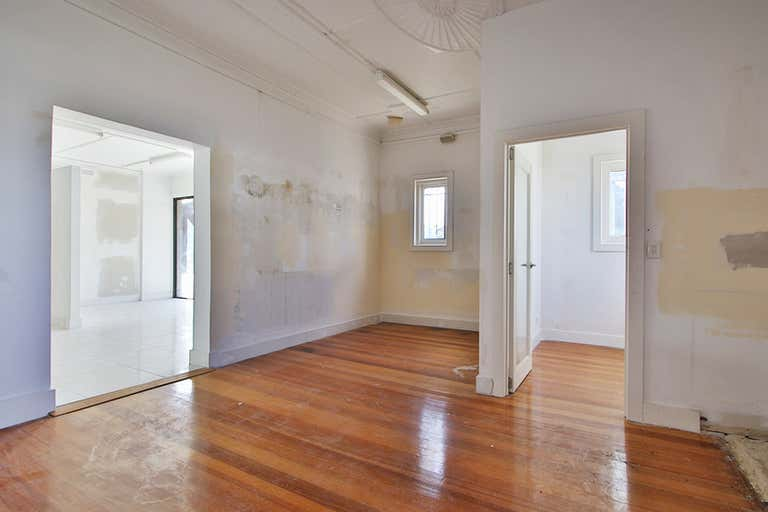 23 Warrigal Road Oakleigh VIC 3166 - Image 2