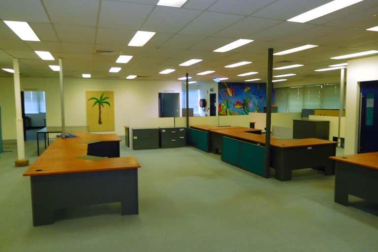2/54 Canberra Terrace Caloundra QLD 4551 - Image 2