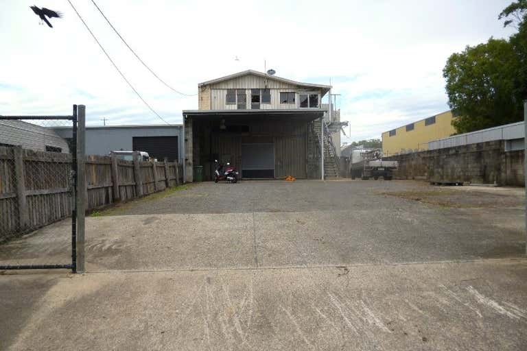 138 Grigor Street Moffat Beach QLD 4551 - Image 2