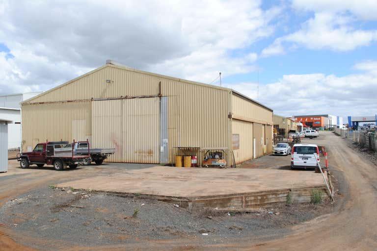 T3, 19 Carrington Road Torrington QLD 4350 - Image 3