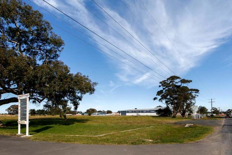 26 Cobains Road Sale VIC 3850 - Image 2