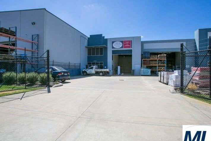 Unit 1, 34 Tacoma Circuit Canning Vale WA 6155 - Image 2