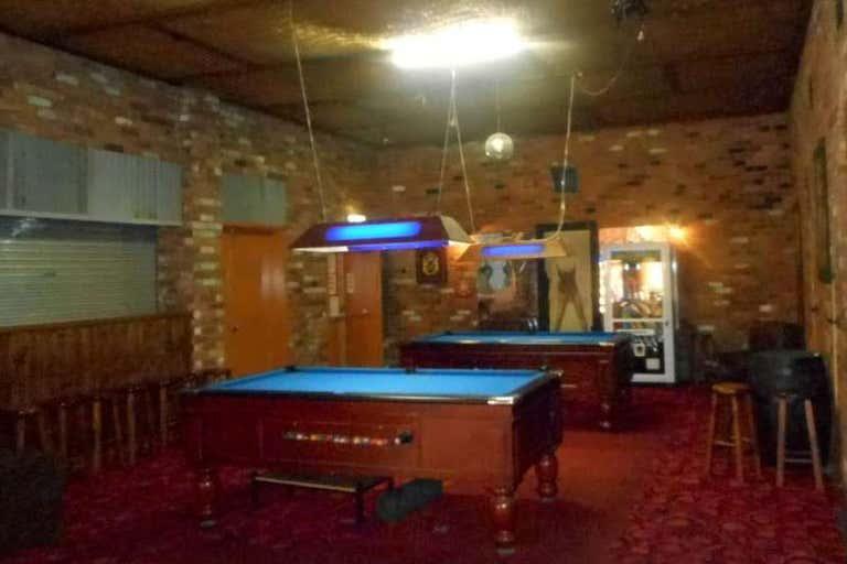 Railway Hotel, 82 Napier Street Deniliquin NSW 2710 - Image 3