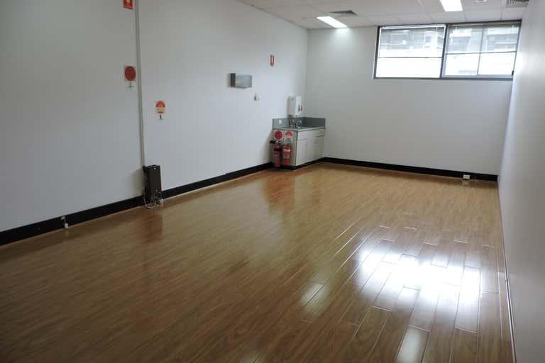 Level 1 at 7 Barratt Street Hurstville NSW 2220 - Image 2