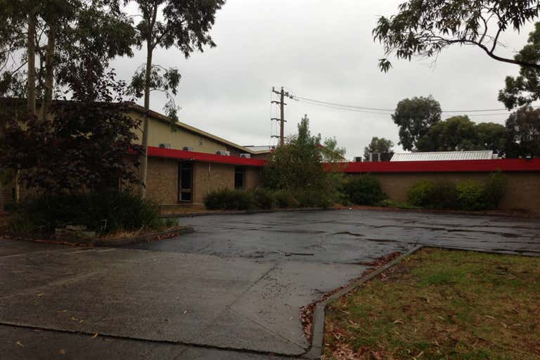 89 LEWIS ROAD Wantirna South VIC 3152 - Image 4