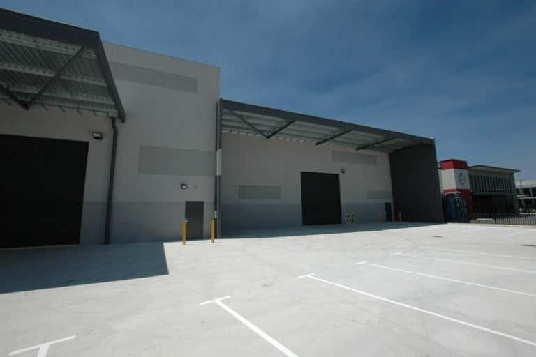 58 Tacoma Circuit Canning Vale WA 6155 - Image 3