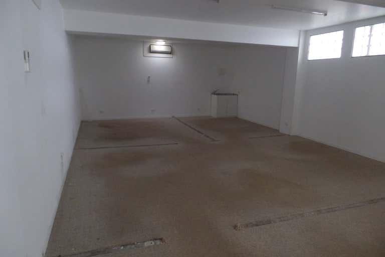 7/66 Griffith Street Coolangatta QLD 4225 - Image 2