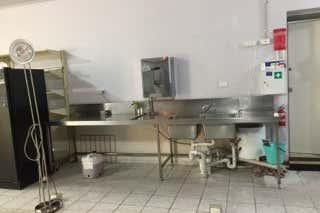 Shop, 2 Rendcomb Street Kilsyth South VIC 3137 - Image 3