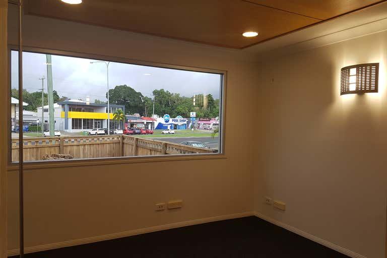 60 Anderson Street Manunda QLD 4870 - Image 3