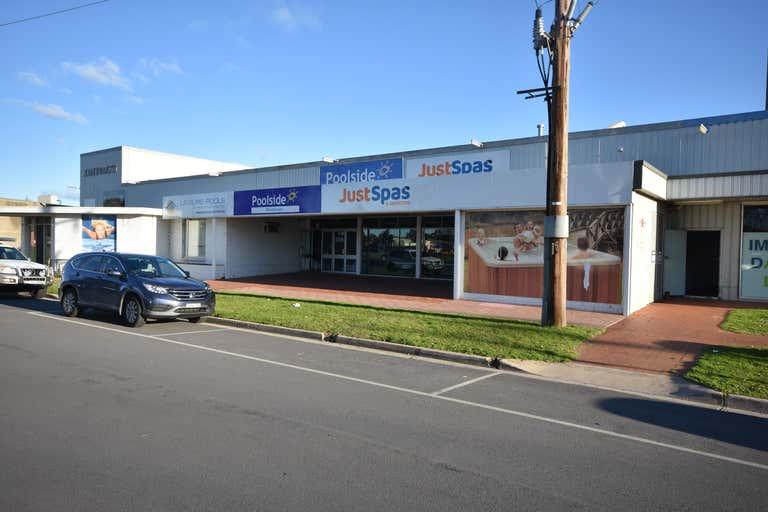 2/155 Melbourne Road Wodonga VIC 3690 - Image 2