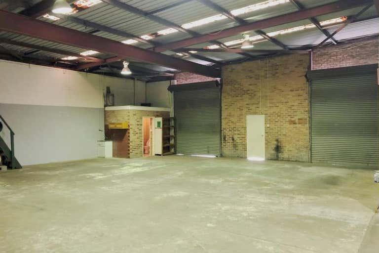 Unit 5, 3 Carnarvon Road West Gosford NSW 2250 - Image 4