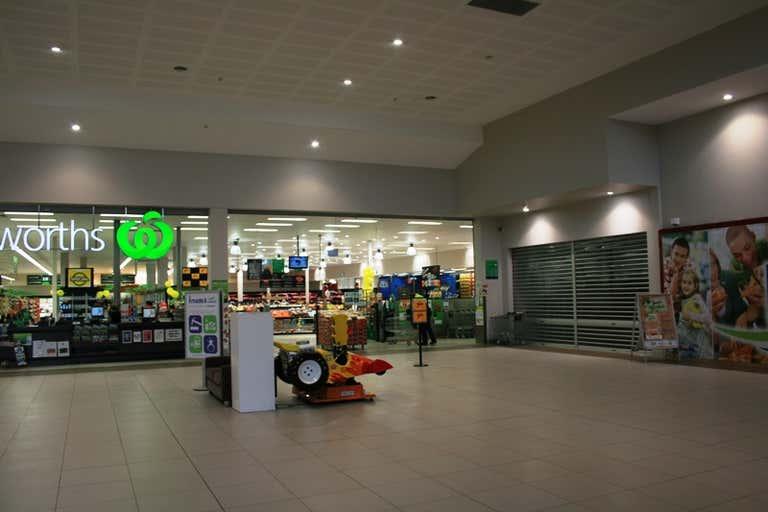 Shop 14, 9 Village Way, Lakeside Square Centre Pakenham VIC 3810 - Image 1