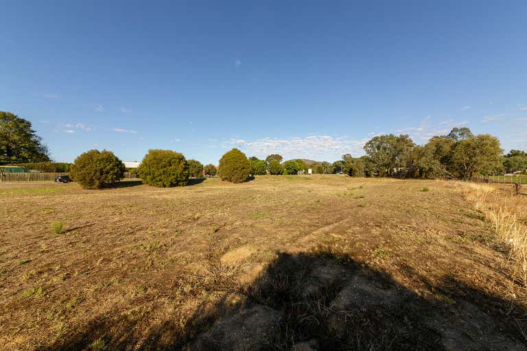 5 Moorefield Park Drive Wodonga VIC 3690 - Image 4