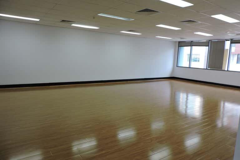Level 1 at 7 Barratt Street Hurstville NSW 2220 - Image 3
