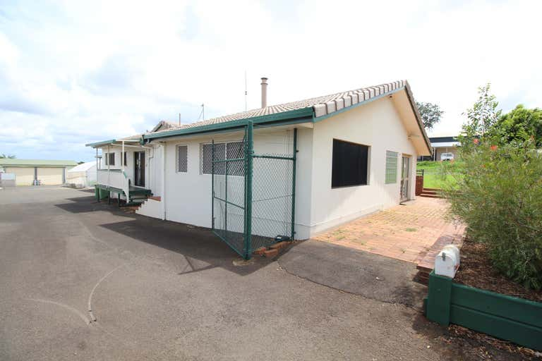 13 Sowden Street Toowoomba City QLD 4350 - Image 2