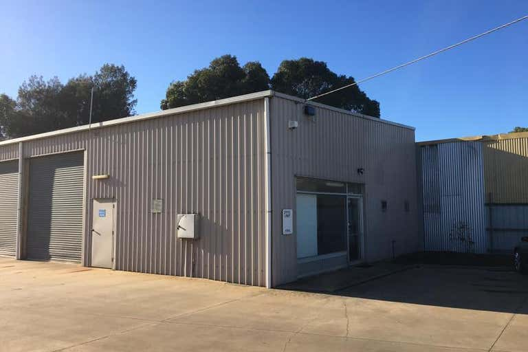 1/33 Rodney Road North Geelong VIC 3215 - Image 1