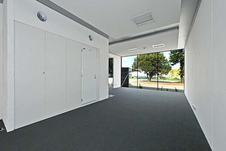 1E Pearse Street North Fremantle WA 6159 - Image 3