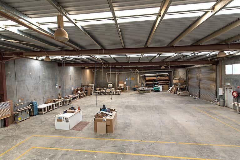 34 Production Avenue Warana QLD 4575 - Image 2