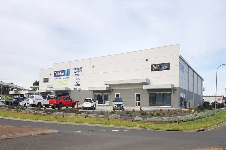 Unit 3, 5 Dunn Road Smeaton Grange NSW 2567 - Image 1