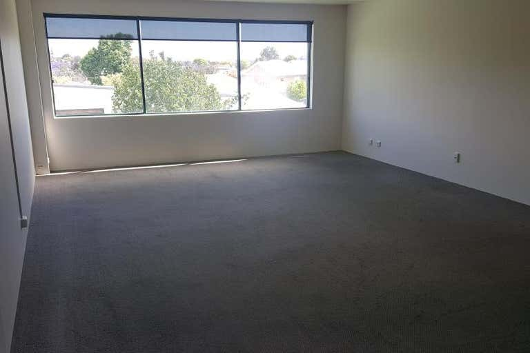 First Floor Suite 3, 172 Scarborough Beach Road Mount Hawthorn WA 6016 - Image 3
