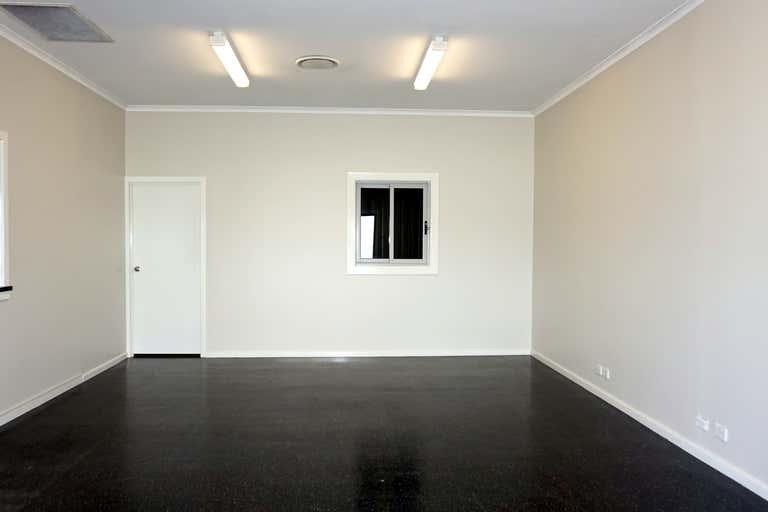 4 Rosedale Close Singleton NSW 2330 - Image 3