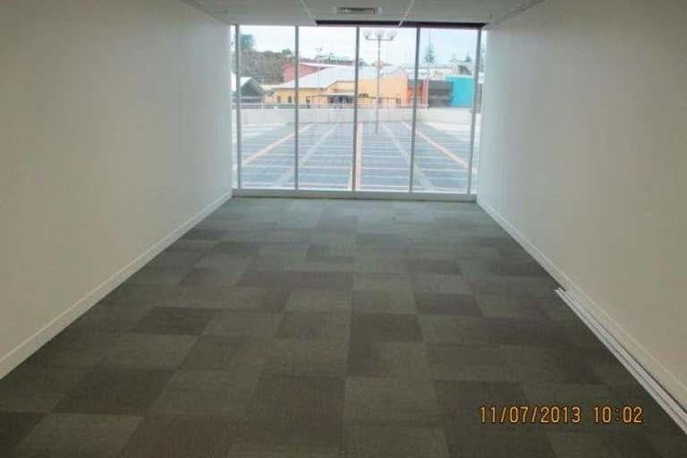 61 Victoria Street Bunbury WA 6230 - Image 2