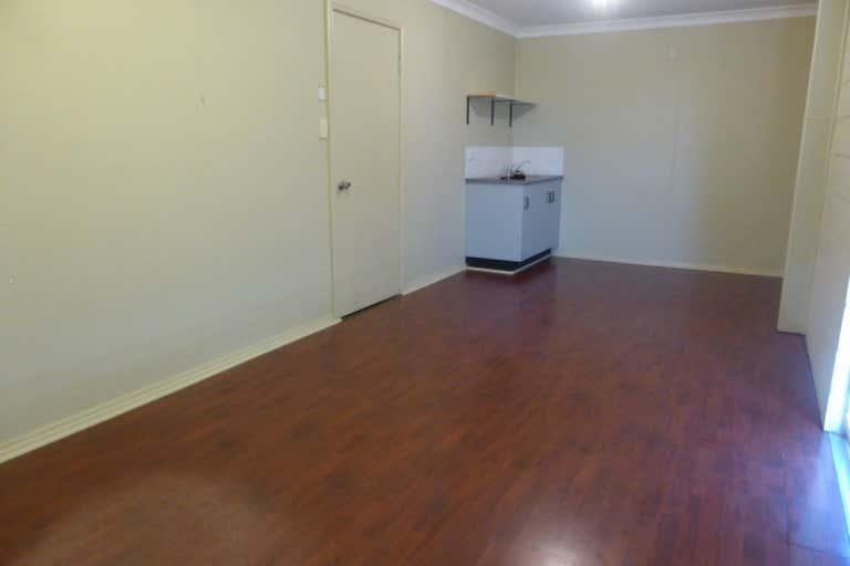 10A Fletcher Crescent Dubbo NSW 2830 - Image 3